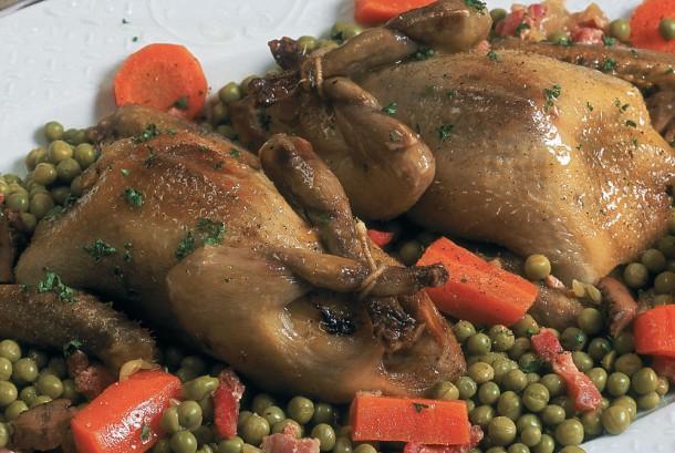 La cuisinie du gibier - Pigeons aux petits pois