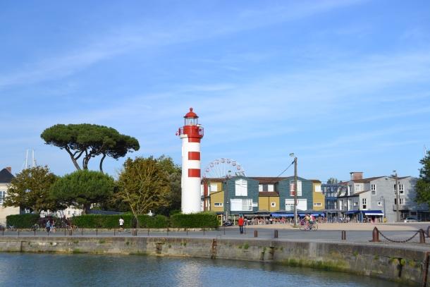 La Rochelle - © www.topknotandteacups.com