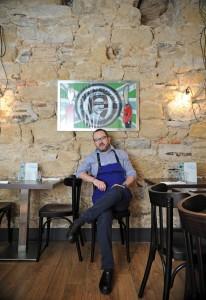 Lionel Elissalde, chef du restaurant Chez Martin à Bayonne. CRÉDIT PHOTO : © / LOIC DEQUIER